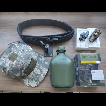 Venda de artigos militares no Tremembé